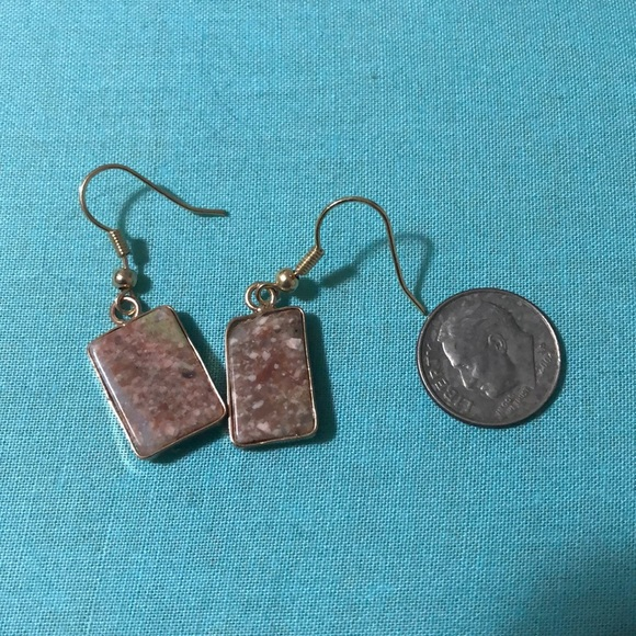 Jewelry - Small gold earrings